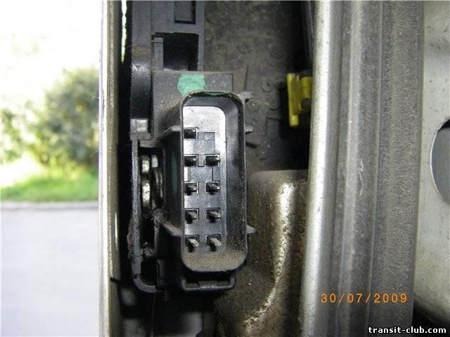 Предохранители,блоки предохранителей и реле форд транзит (ford.